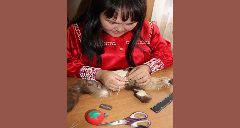Художественная обработка меха, кожи (животных, рыб) «Киэх» - хантыйский мешочек